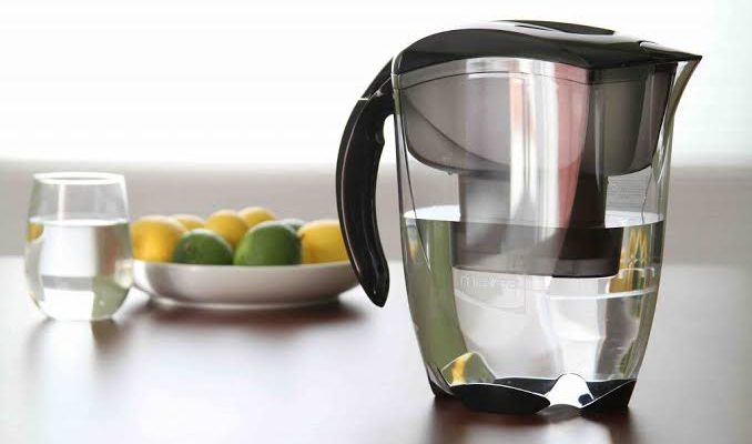 How do you deep clean a juicer filter?